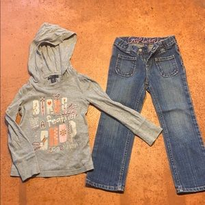 Gap Outfit size 4T long sleeve/pair of jeans